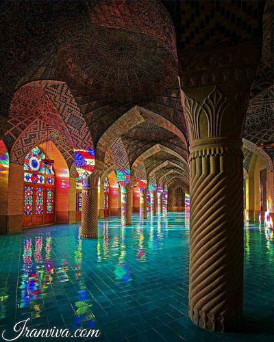 Nasirolmolk masque in shiraz - Iran Tours and Travel
