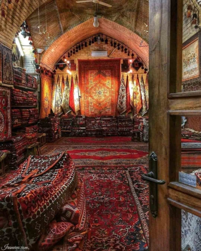 Carpet Bazaar of Isfahan - Best Photos of Iran - Iranviva