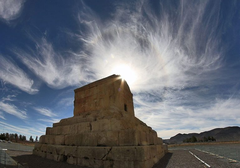 Pasargad Shiraz and a trip to the remains of the tomb of Cyrus the Great