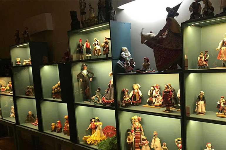 Museum of Dolls of Nations