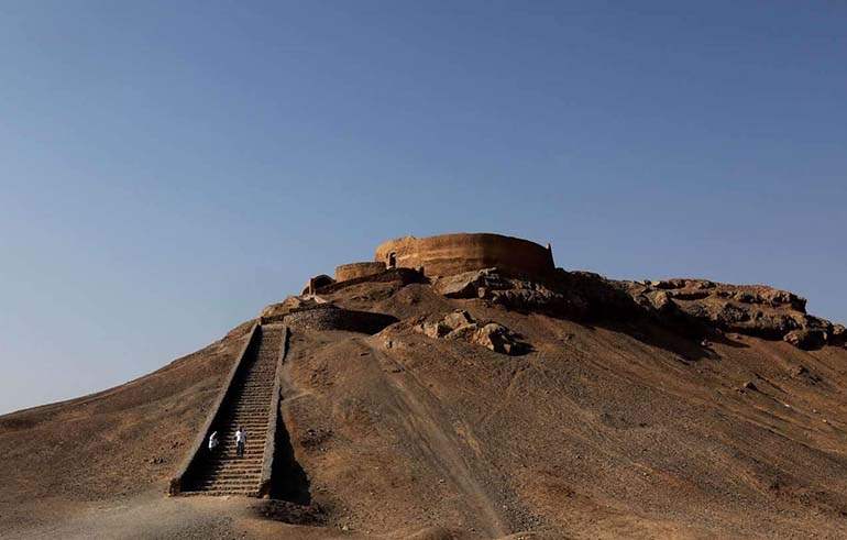 Yazd Zoroastrian crypt and meeting the dead